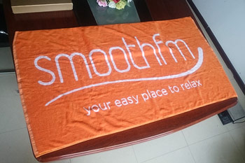 Ultra Soft plush luxury 100% cotton superior absorbency natural beach towel