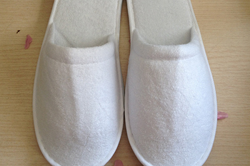 Cheap wholesale hotel slipper with 100% cotton