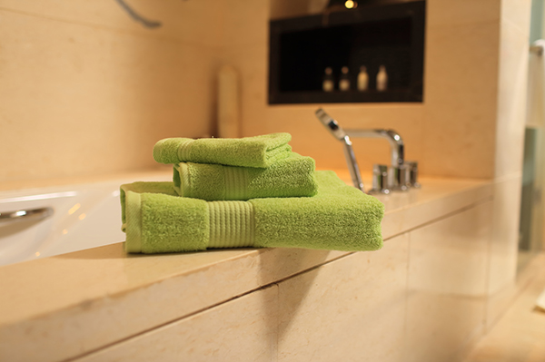 China towel factory wholesale solid color towel sets for gift towel