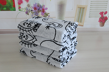 China supplier 100% cotton yarn dyed towel pattern of black and white