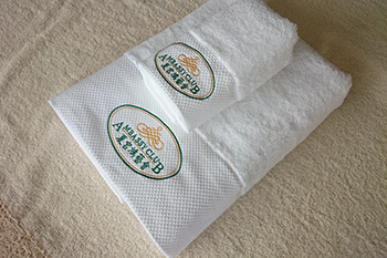 100% Cotton custom white emboridery hotel face towel and hand towel manufacture