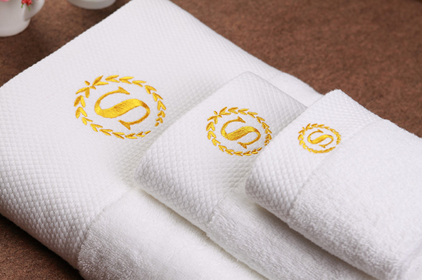 Hotel towel supppliers wholesale hot sale luxury hotel towel 3 sets with logo