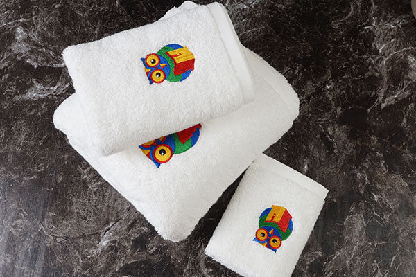 Hotel towels wholesale,hotel linen suppliers,white cotton  towel