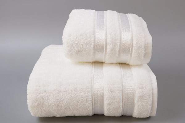 Towel sets wholesale, luxury hotel towel sets with bright silk