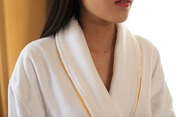 Cut Pile Bathrobe Womens, Star Hotel Robes With Custom Embroidered Design