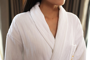 Terry bathrobes suppliers cotton sexy hotel bathrobes factory with embroidery logo