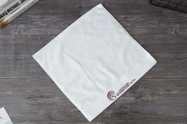 Customized terry towel with embroidery logo hotel towel set