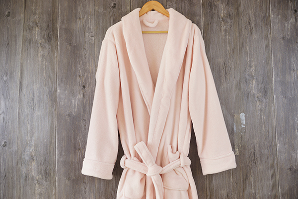 Coral fleece three color adult bathrobe 100% polyester for sale