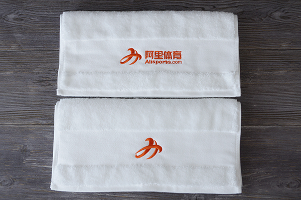 Custom Gym Towel 100% Cotton Dobby hand towel with embroidery