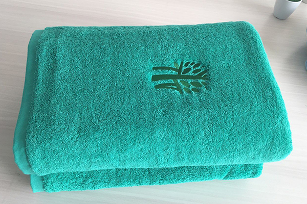 Green plain large bath towel,80*160cm,embroidery logo for gift