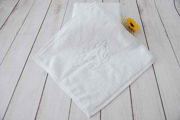 Face washcloth cheap personalized embossed towel