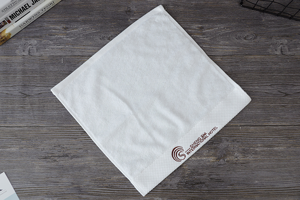 32s/2 Yarn dobby towel with embroidery brand logo for hotel