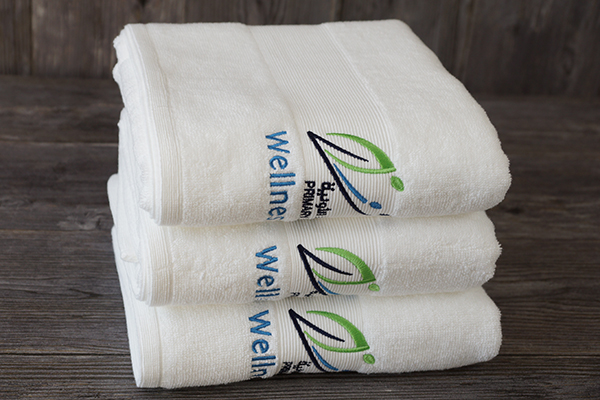 Bath towel sale luxury pure white towel with embroidery logo