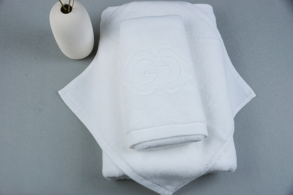 Hotel towel company jacquard logo desgin hotel towel sets bathroom towels