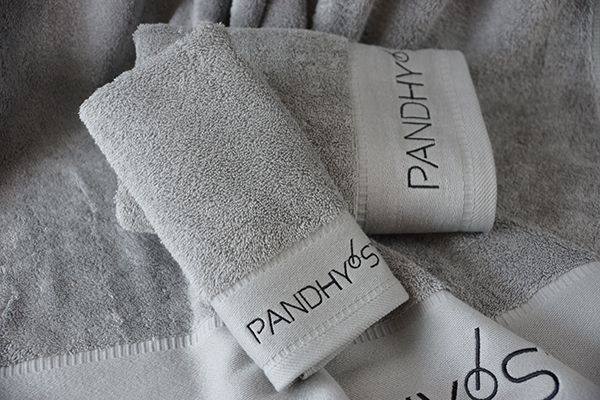 Hotel towels suppliers,wholesale towels gray embroidery towels