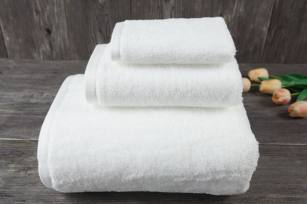 Wholesale 100% Cotton Terry Plain White Towels for Hotel