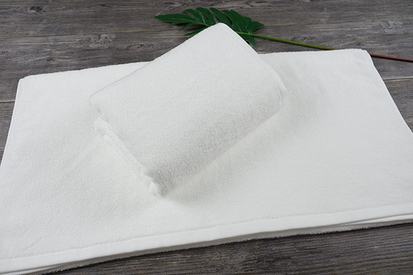 Hot Sale 5 Star White Color Soft Towel Hotel Bath Towel
