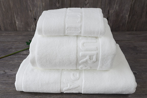 China Suppliers Cotton Pure White Towel Set, Jacquard Bath Towel