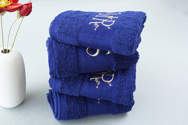 Luxury 100% pure cotton towels popular gifts with custom logo
