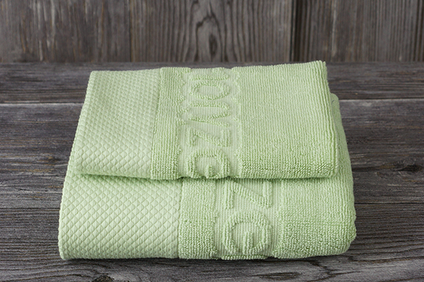 Custom Jacquard Woven Towel 100% Cotton Hand and Face Towel Suit