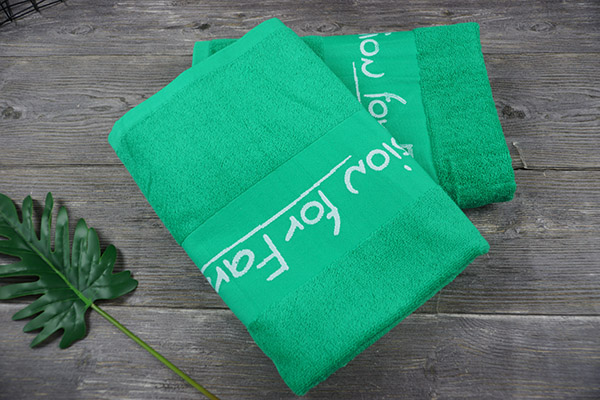 Wholesale 100% Cotton Bath Towel 70*140cm Green Gift Towel