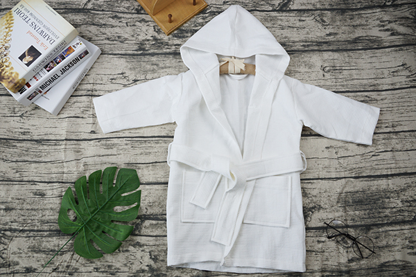 Customized Cheap White 100% Cotton Kids Children Robe Bathrobes