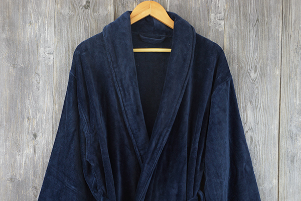 Promotion gift bathrobe four color adult long bathroom robe