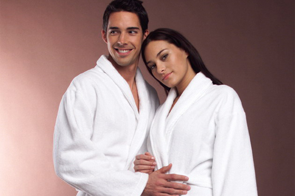 Wholesale 100% Cotton Embroidered velvet pile Bathrobe
