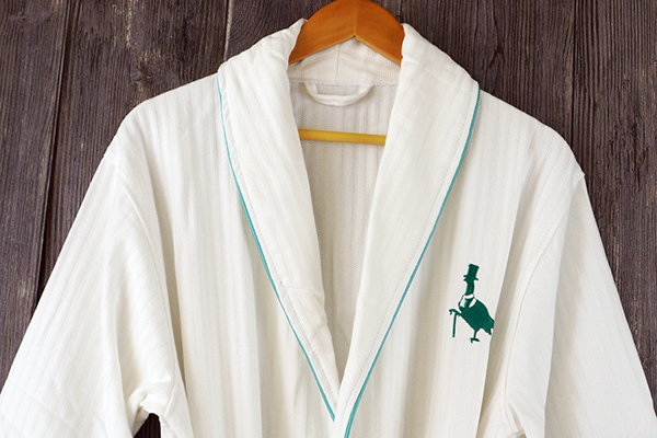 Shawl Collar white waffle bathrobe with embroidery logo