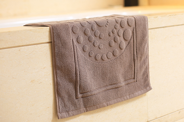 Cotton non slip foot shape bath mat