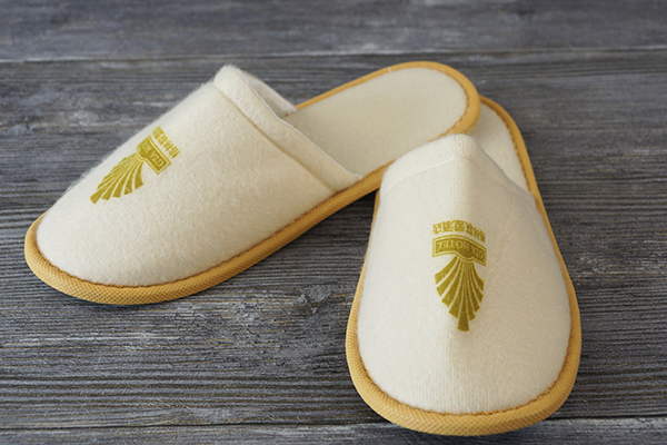 Direct Factory Price Custom Wholesale Disposable Slipper