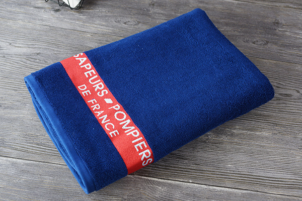 Wholesale pure cotton adult quality plain dyed towel gifts